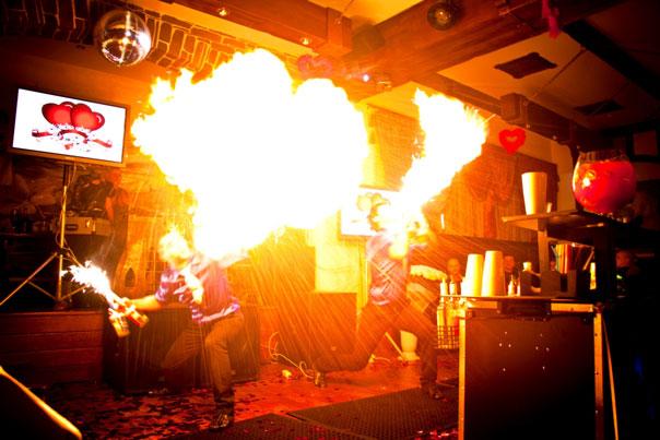 SKY BAR первое парное и востребованное бармен-шоу